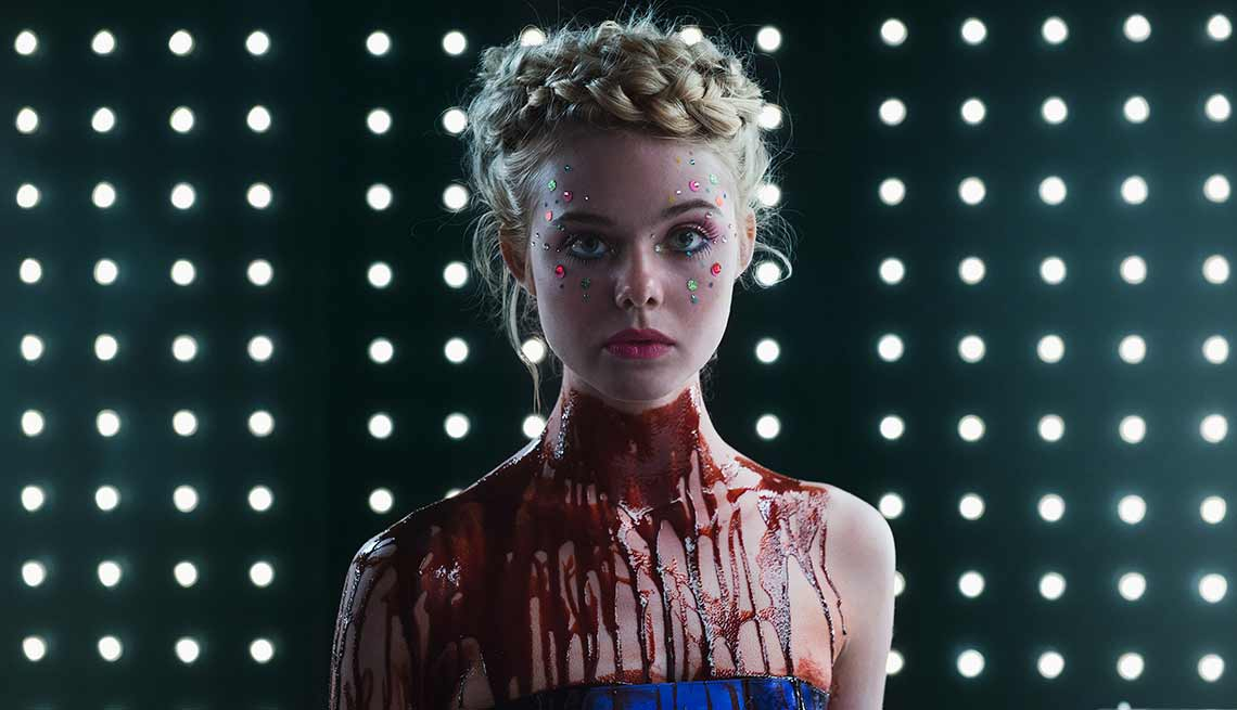 Escena de la película 'The Neon Demon'