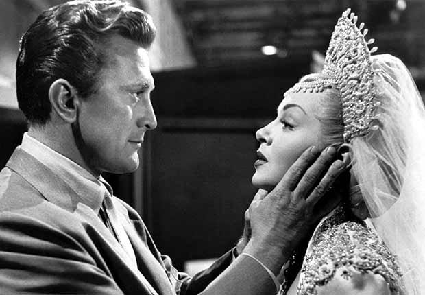 Kirk Douglas cumple 100 años - En una escena de la película The Bad and the Beautiful (1952)