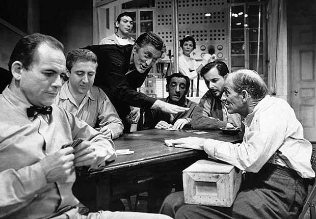 Kirk Douglas cumple 100 años - En una escena de la película One Flew Over The Cuckoos Nest