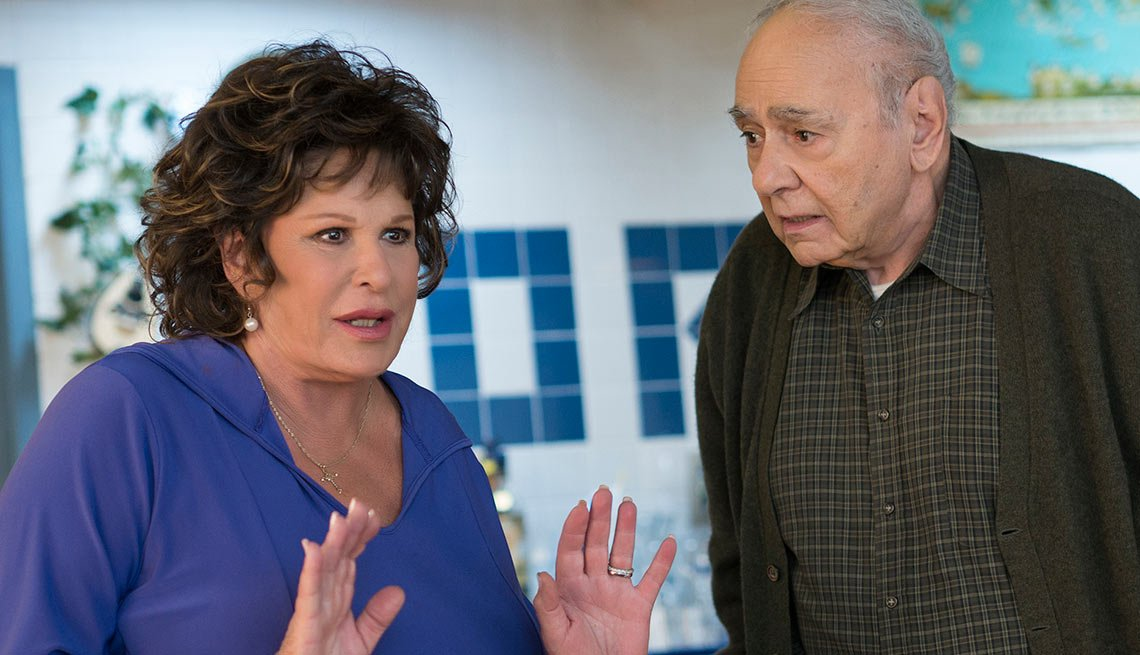 Lainie Kazan and Michael Constantine in My Big Fat Greek Wedding 2.