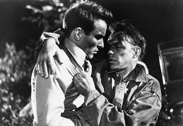 Montgomery Clift y Frank Sinatra en una escena de 'From Here to Eternity'
