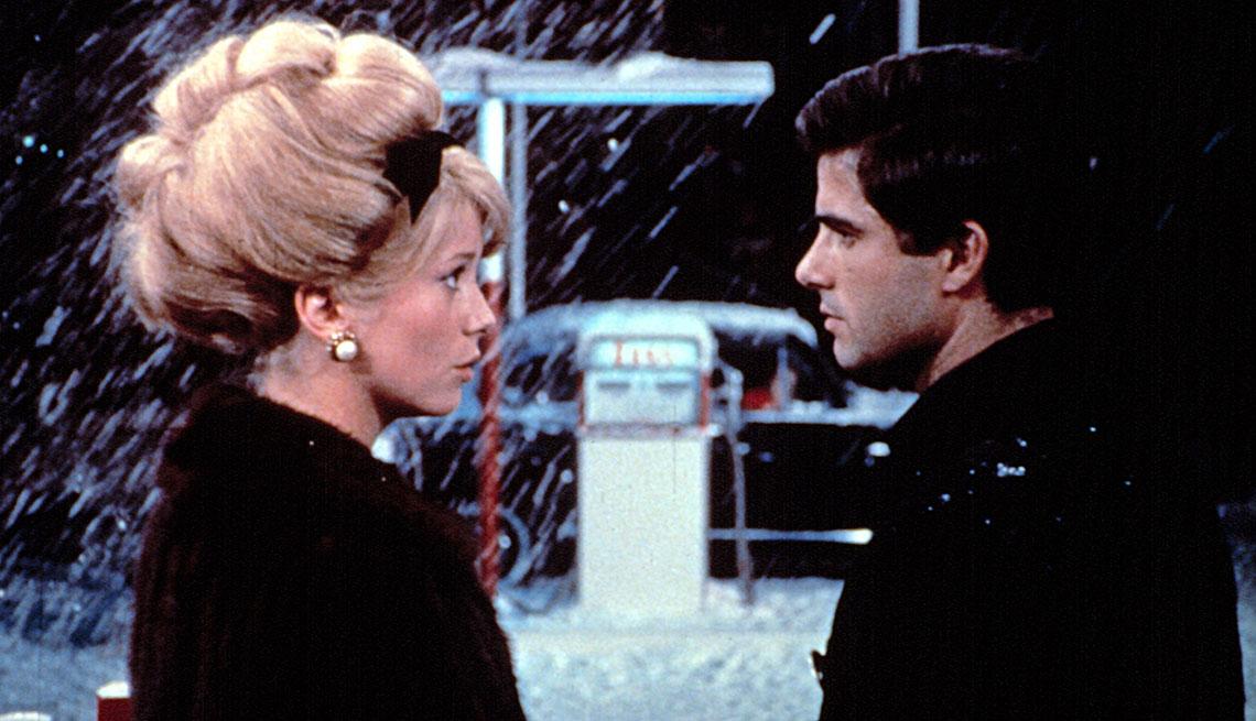 Las escenas musicales más románticas del cine - Los paraguas de Cherburgo