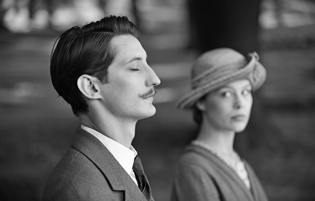 Una escena de la película en blanco y negro, Frantz