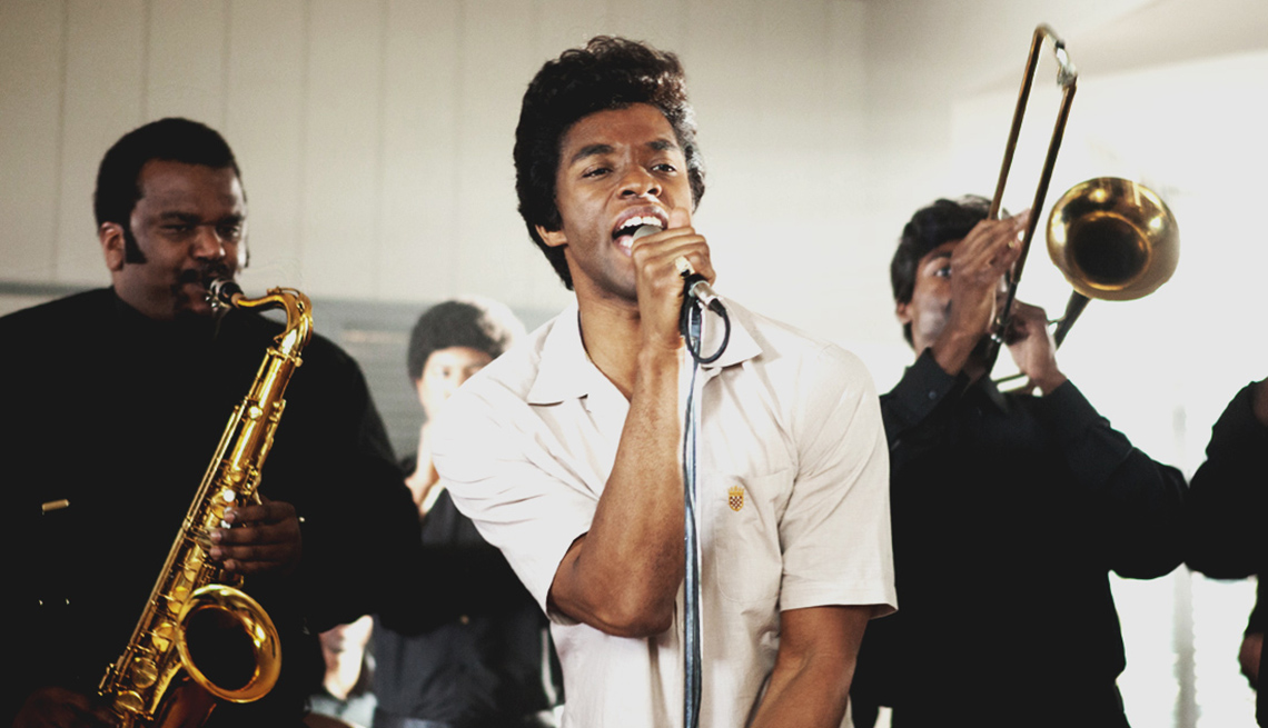 Chadwick Boseman, James Brown, en la película Get On Up