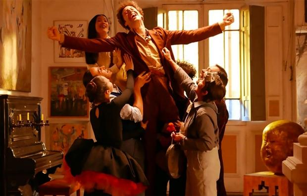Adán Jodorowsky en una escena de la película 'Poesía sin fin' (Endless Poetry)