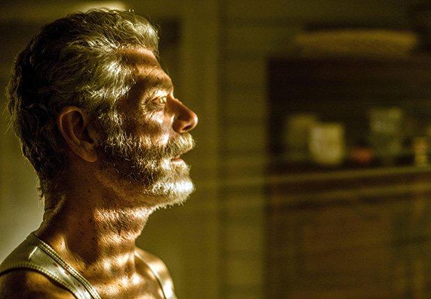 Escena de Don't Breathe, películas de terror dirigidas por hispanos