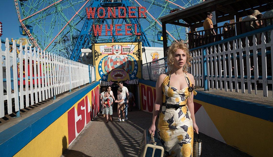 Juno Temple en una escena de la película Wonder Wheel de Woody Allen
