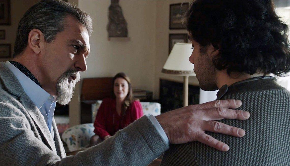 Antonio Banderas y Toby Sebastian en una escena de The Music of Silence