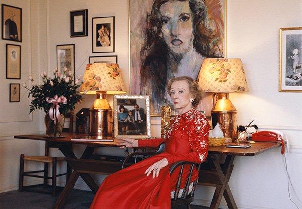 Bette Davis en su casa en Beverly Hills house, 1988