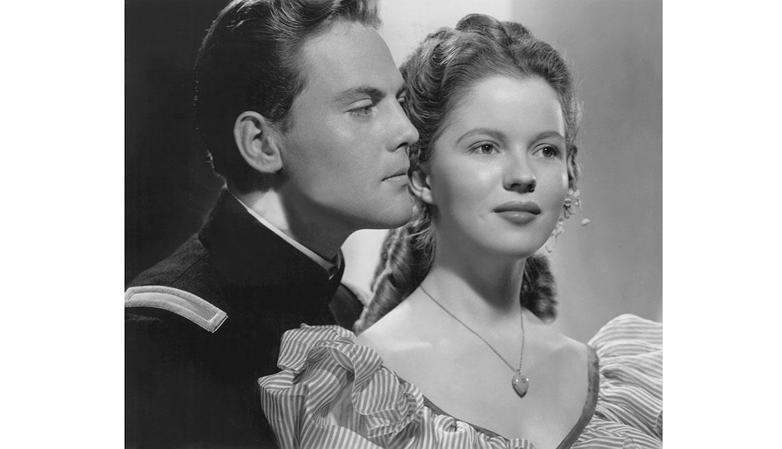 item 11 of Gallery image -  John Agar, Shirley Temple, en la película FORT APACHE 1948