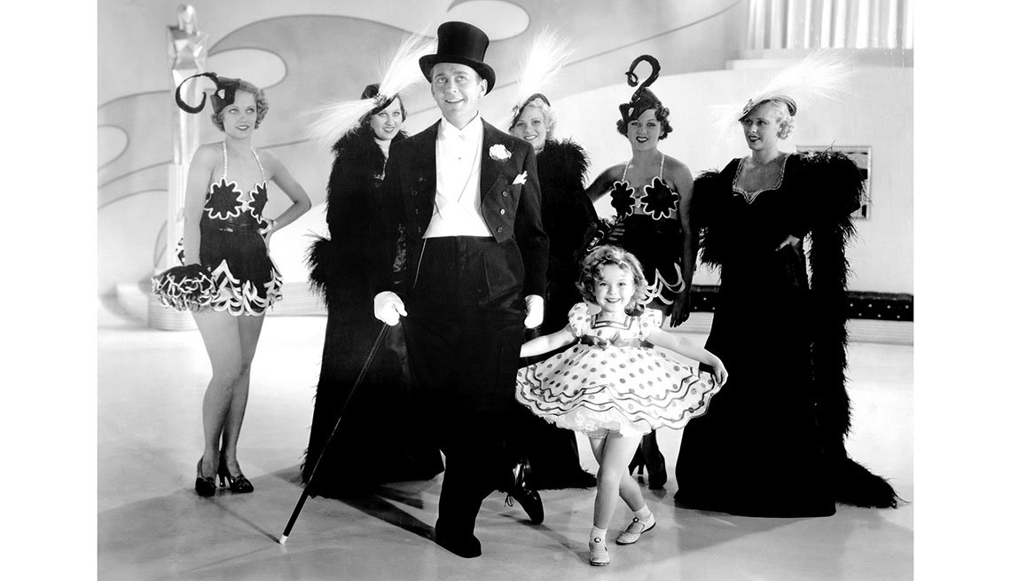 item 2 of Gallery image - Shirley Temple en la película STAND UP AND CHEER!, 1934