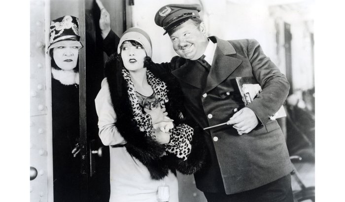 item 3 of Gallery image Lupe Vélez, actriz mexicana, con el actor Oliver Hardy