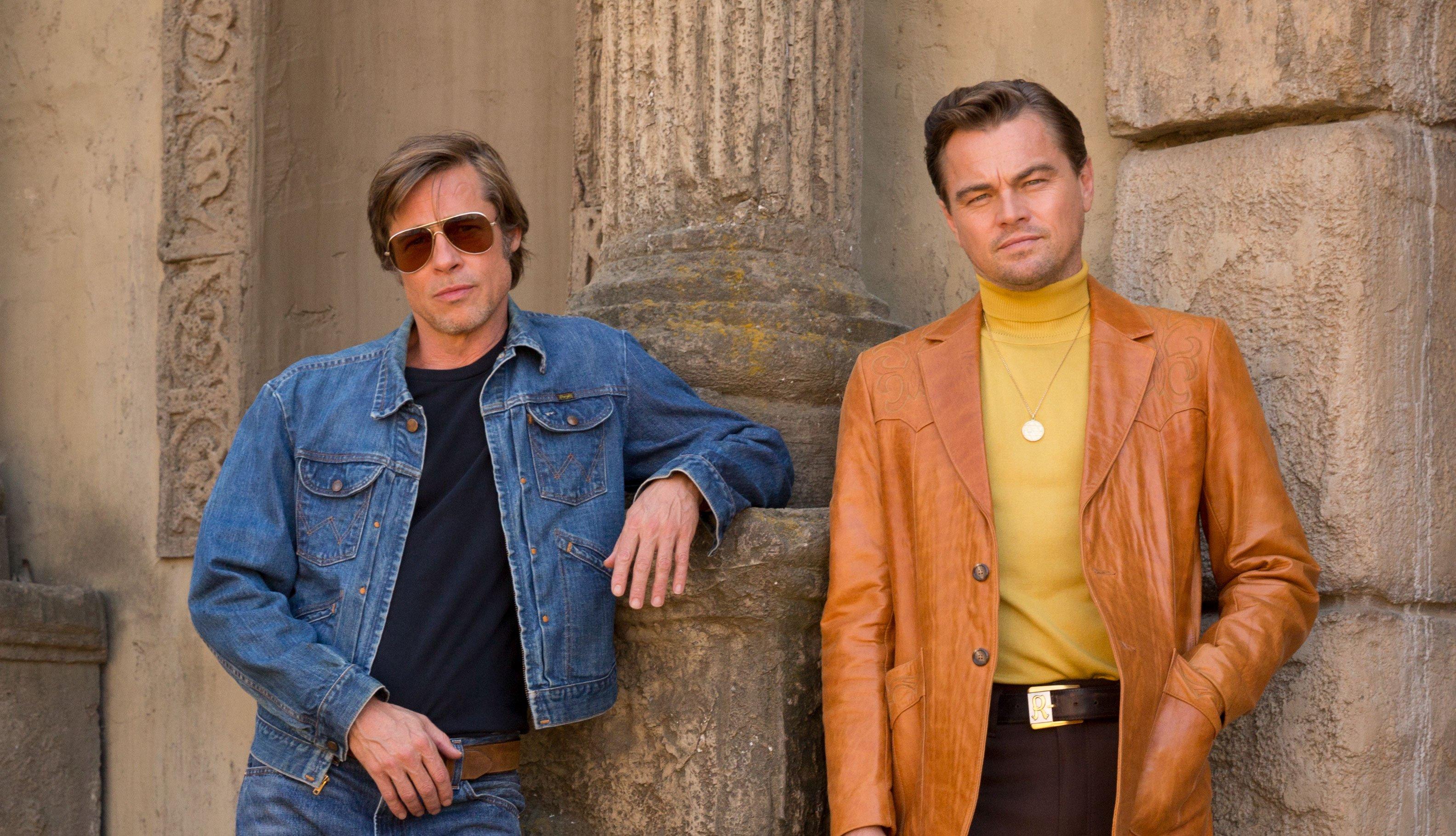 Brad Pitt y Leonardo DiCaprio en una escena de Once Upon a Time in Hollywood