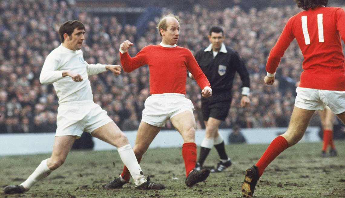 Bobby Charlton, Astros del fútbol mundial