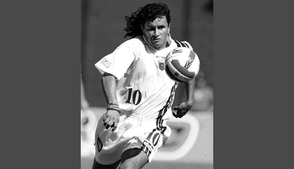 Marco Etcheverry, Astros del fútbol mundial