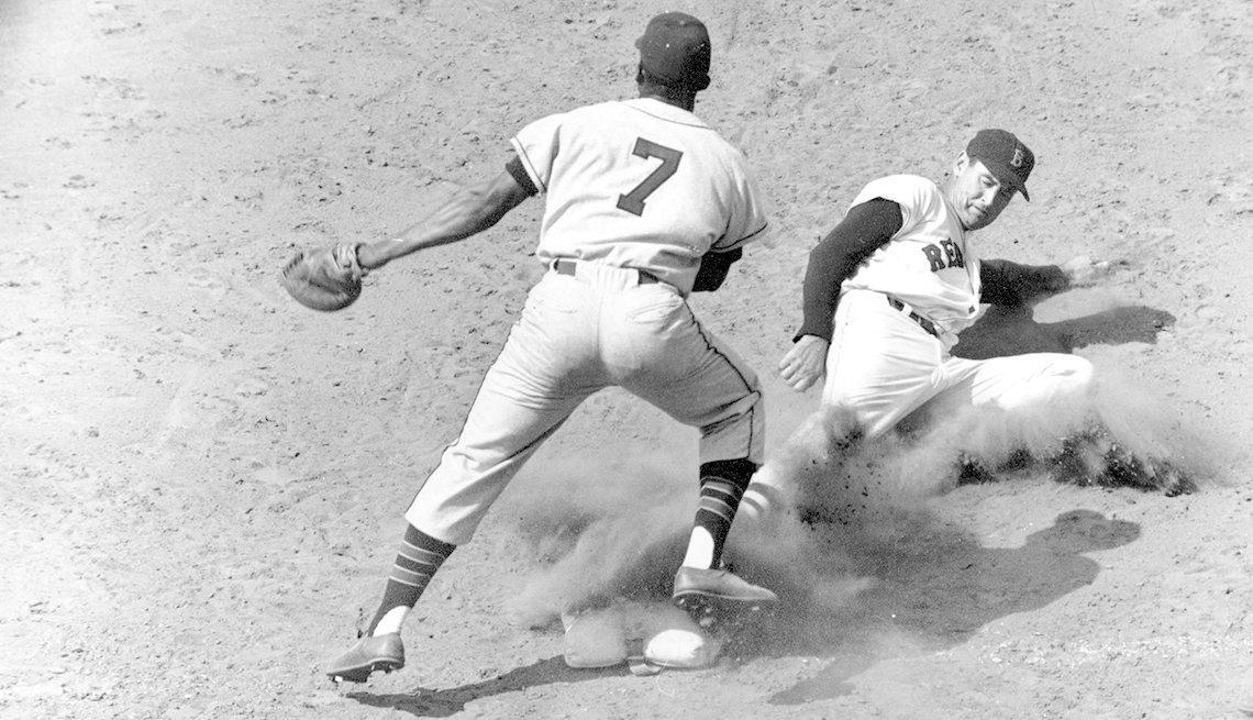 item 7 of Gallery image - Ted Williams, Vic Power,  pasión por el béisbol