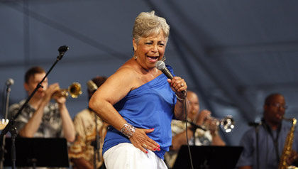 Wanda Rouzan performs at the New Orleans Jazz and Heritage Festival.