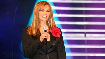 Lucía Méndez cantante mexicana nominada a los Latin Grammys 2011