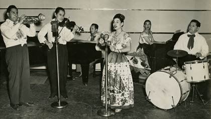 Rosita Fernandéz, Leyendas de la música tejana