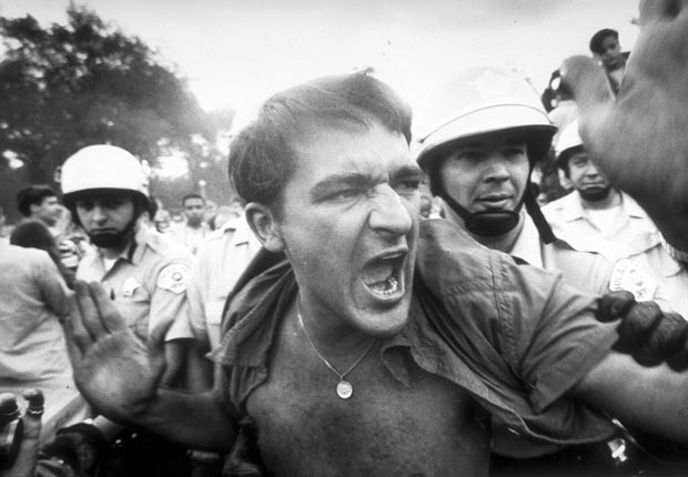 1968 protester outside the Democratic National Convention
