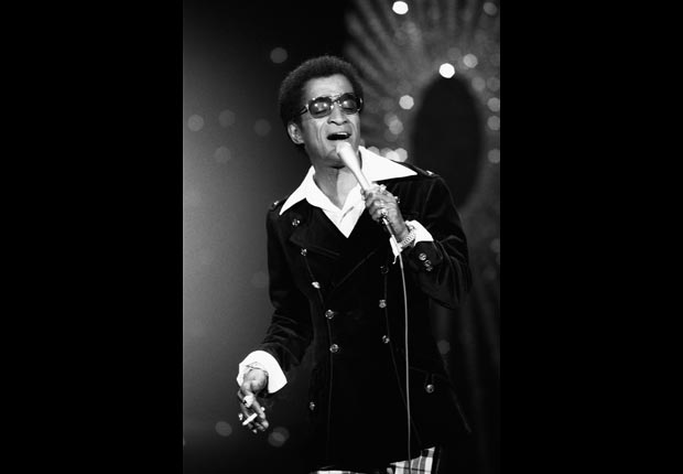 Actor/singer Sammy Davis Jr. on The Tonight Show