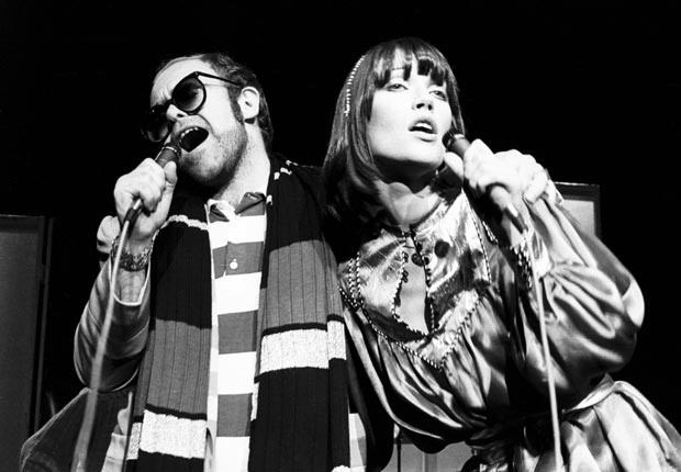 Elton John and Kiki Dee performing on stage