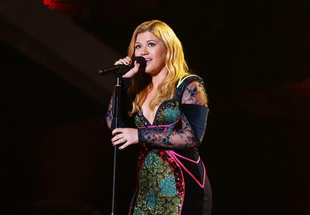 Kelly Clarkson - Guía para los premios Grammys 2013