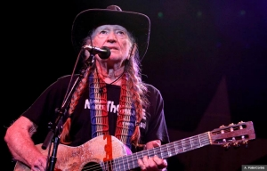 Willie Nelson, cantante, compositor y a los a 80 con nuevo tour.