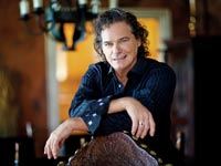 Singer BJ Thomas Acoustic Raindrops Keep Falling Best Known Hits o AARP