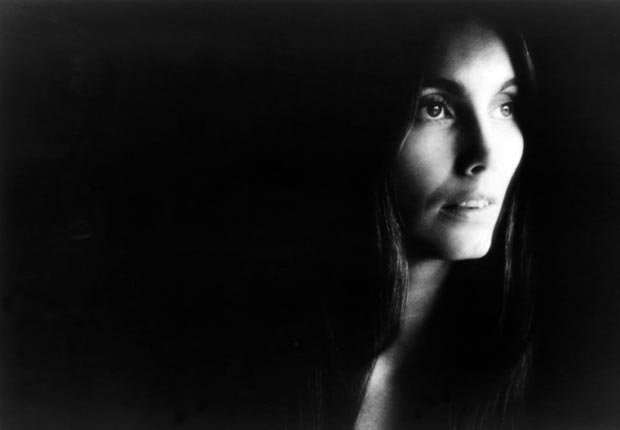 C'est La Vie - You Can Never Tell by Emmylou Harris, 1977. (Redferns/Getty Images)