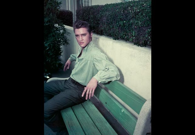 Cantante y actor Elvis Presley - Estrellas del Rock n' Roll