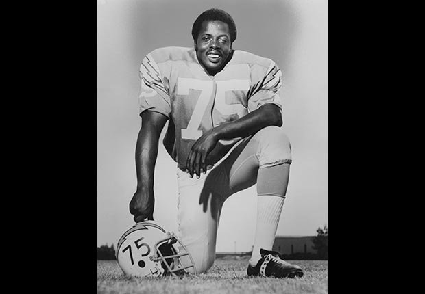 Deacon Jones, Obits 2013: Newsmakers (Sporting News via Getty Images)