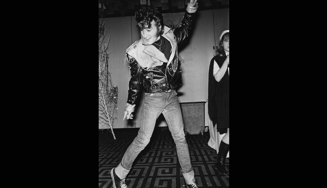 John Lennon Dressed as Elvis Presley, The Beatles Slideshow