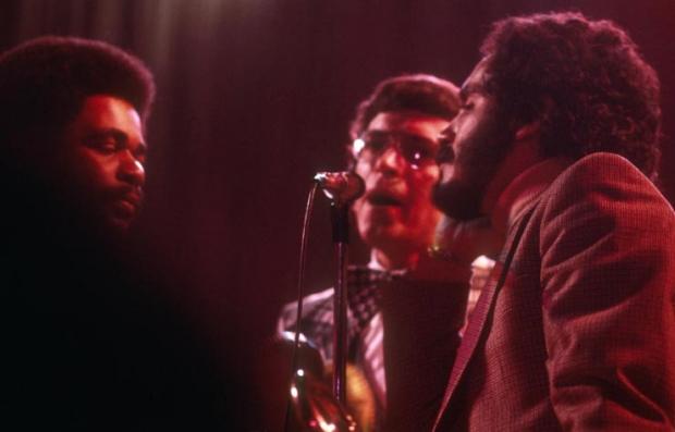 Héctor Lavoe y Willie Colón cantando juntos