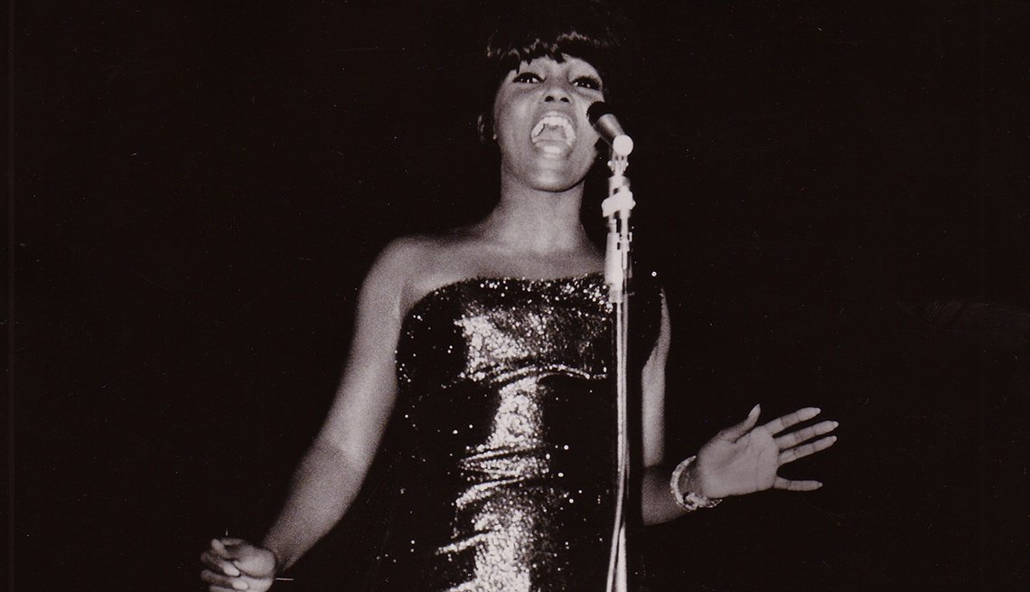 Singer, Vicki Anderson, Microphone, Singing, Stars Who Made James Brown A Star