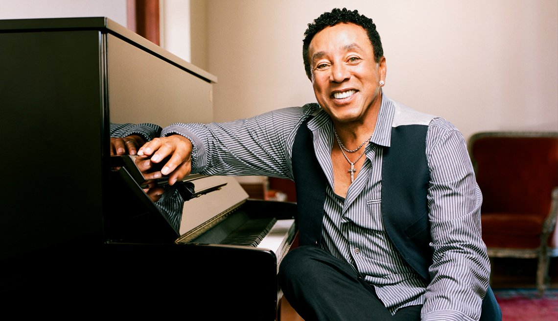Singer, Musician, Portrait, Piano, Smokey Robinson, Best Albums Of 2014