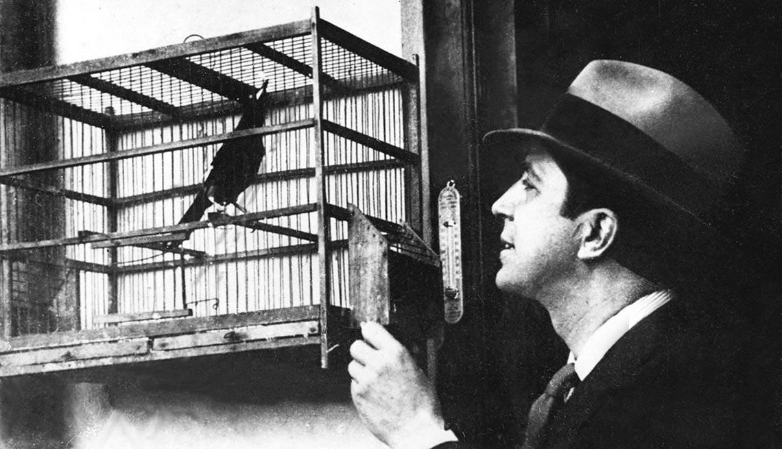 item 10 of Gallery image - Carlos Gardel - A 80 años de su muerte