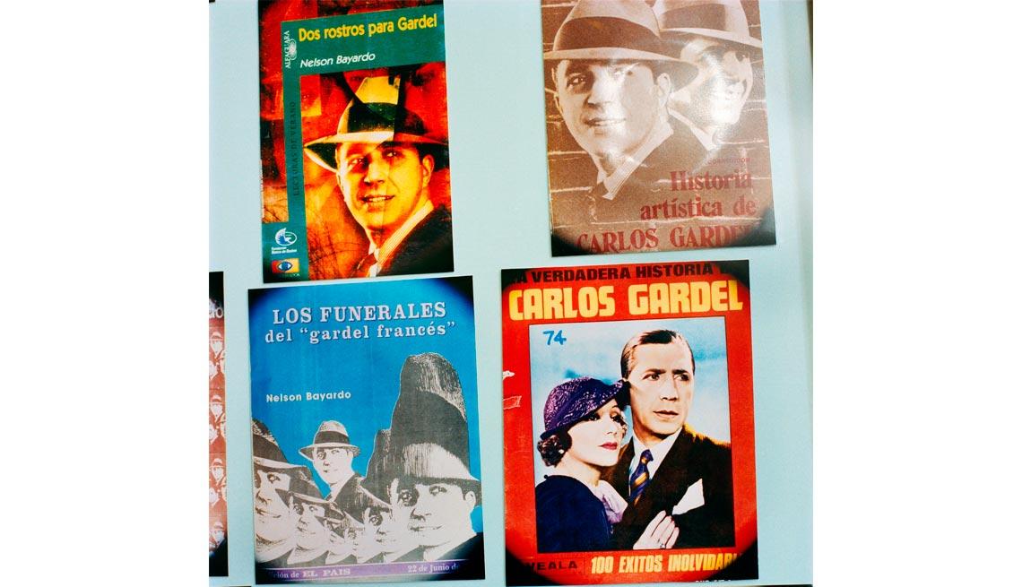 item 16 of Gallery image - Carlos Gardel - A 80 años de su muerte