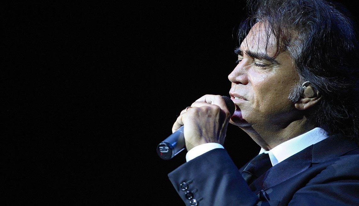 José Luis Rodríguez - Canciones clásicas del pop latino y sus intérpretes