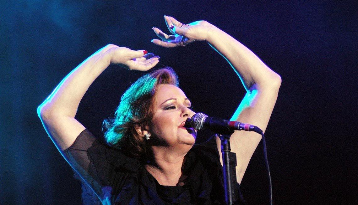 Rocío Durcal - Canciones clásicas del pop latino y sus intérpretes