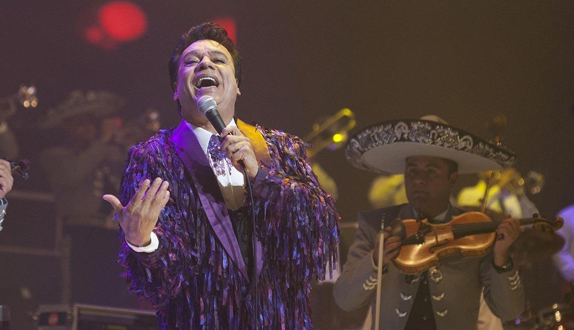 Juan Gabriel - Canciones clásicas del pop latino y sus intérpretes