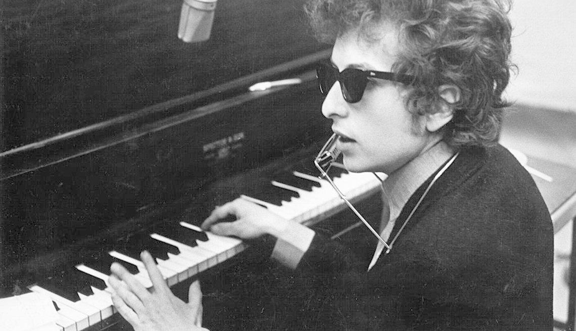Bob Dylan, Singer, Musician, Piano, Quiz