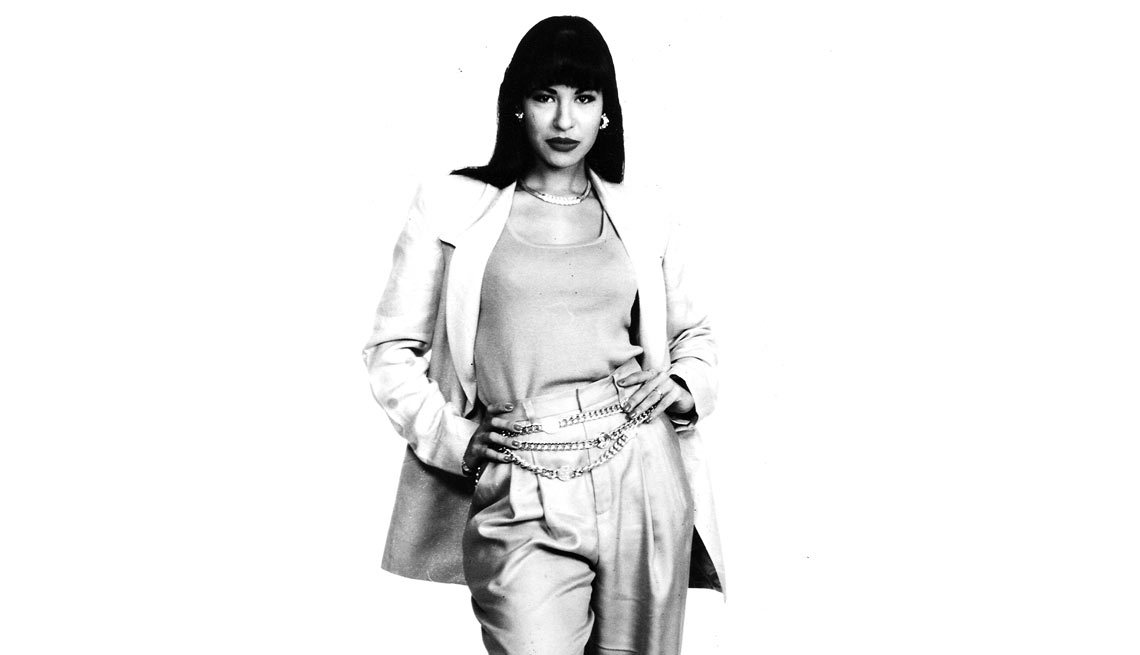 item 6 of Gallery image - Selena - Su carrera en imágenes