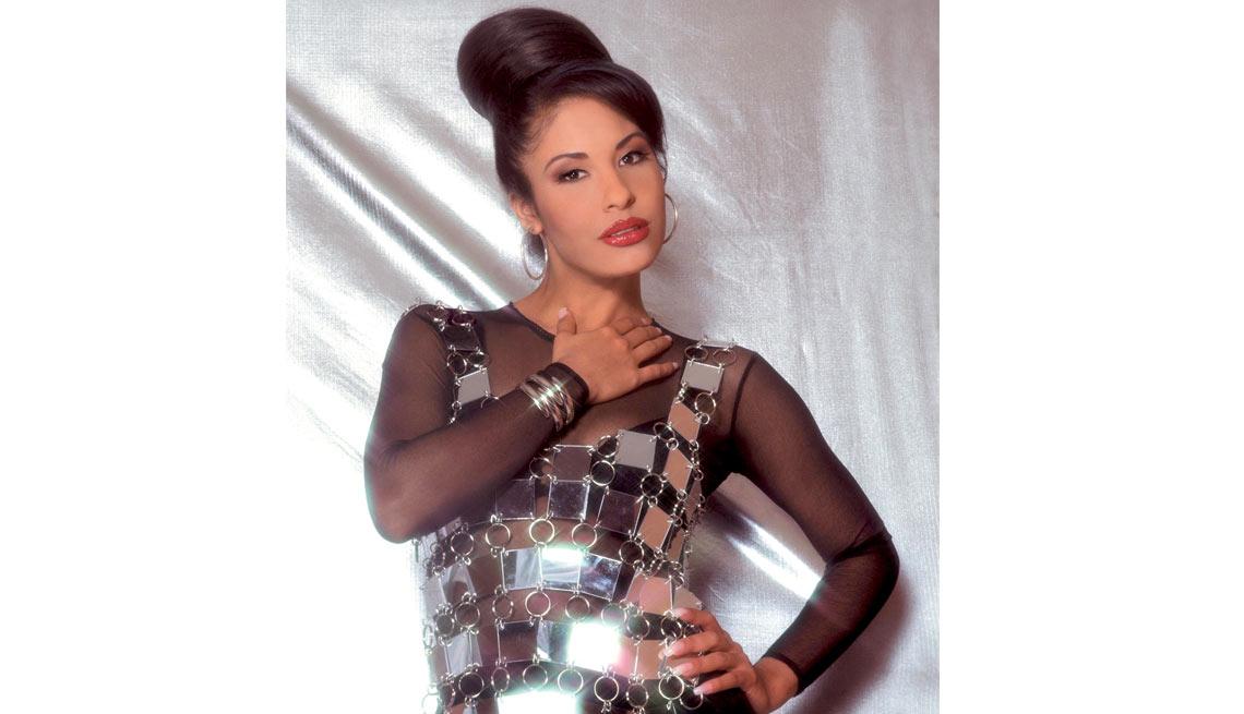 item 10 of Gallery image - Selena - Su carrera en imágenes