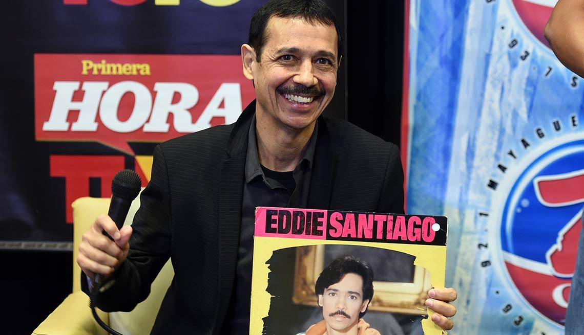 Eddie Santiago: Lluvia - Canciones de la salsa romántica y sus intérpretes