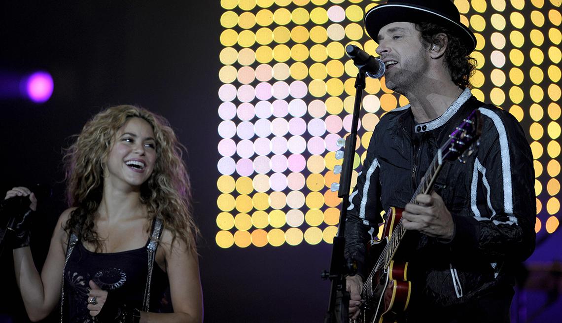 Gustavo Cerati y su legado al rock latinoamericano - Una canción para recordar Puente (1999), con Shakira