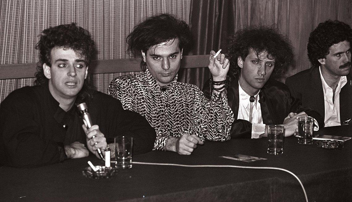 Gustavo Cerati y su legado al rock latinoamericano - Una canción para recordar Nada personal (1985)