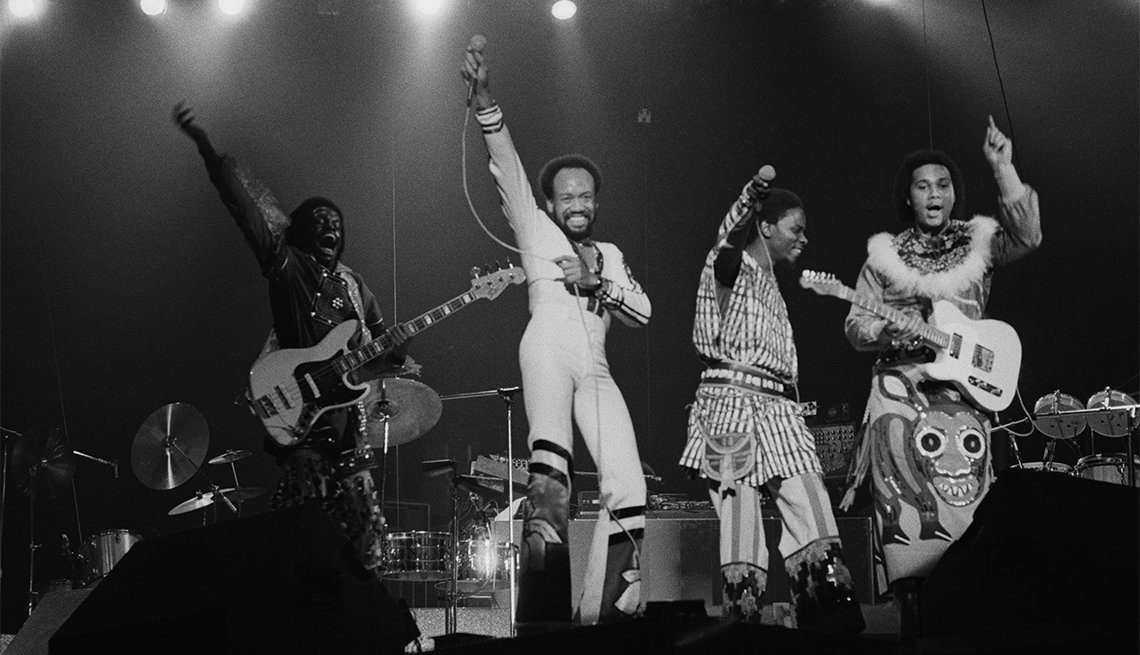 'Can't Hide Love' Earth, Wind & Fire (1975)