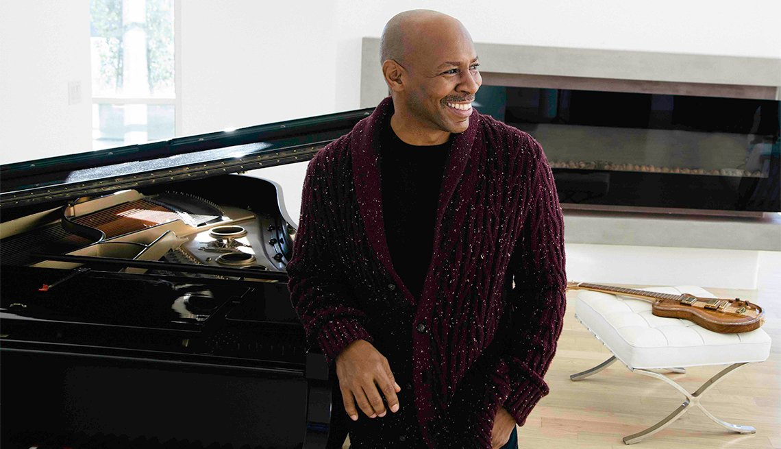 Kevin Eubanks, Jazz Musician, Guitarist, Jazz Greats You Must See Live