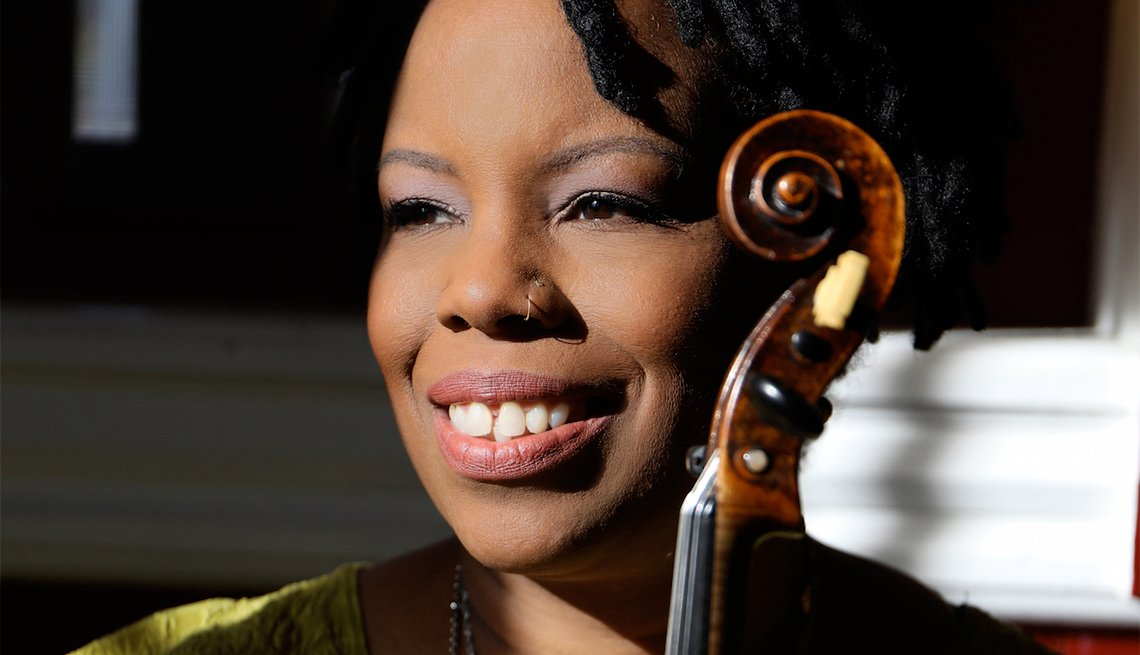 Regina Carter, Jazz Musician, Violinist, Jazz Greats You Must See Live